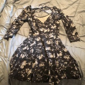 American Eagle Outfitters Dresses - AEO dress - gray w/ white flowers